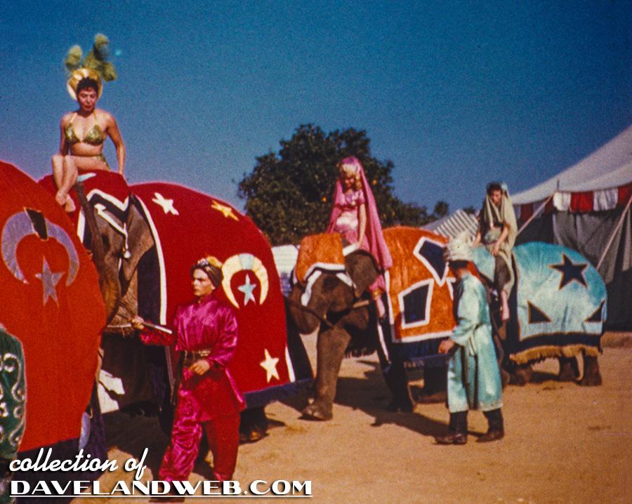 Anciennes Parades des Resorts Américains MMCC_Reel1_856B_3L