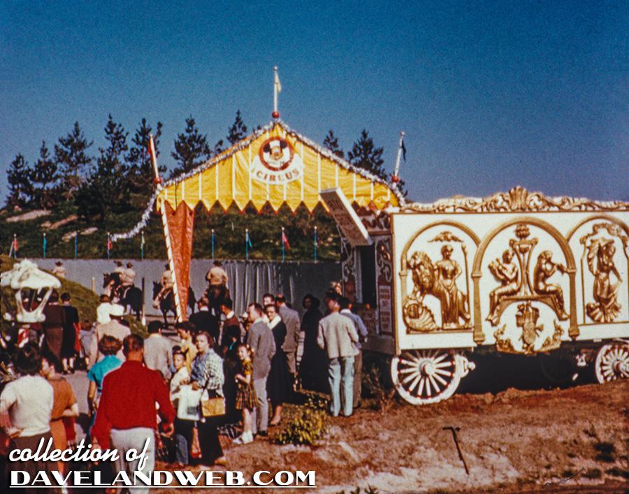 Anciennes Parades des Resorts Américains MMCC_Reel1_856B_7L
