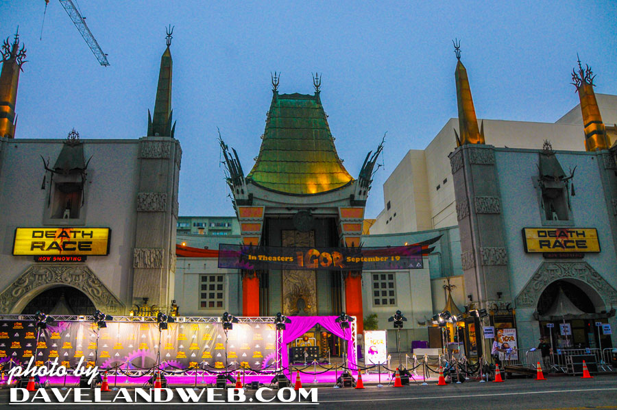 Grauman's Chinese Theatre May 2008 photo