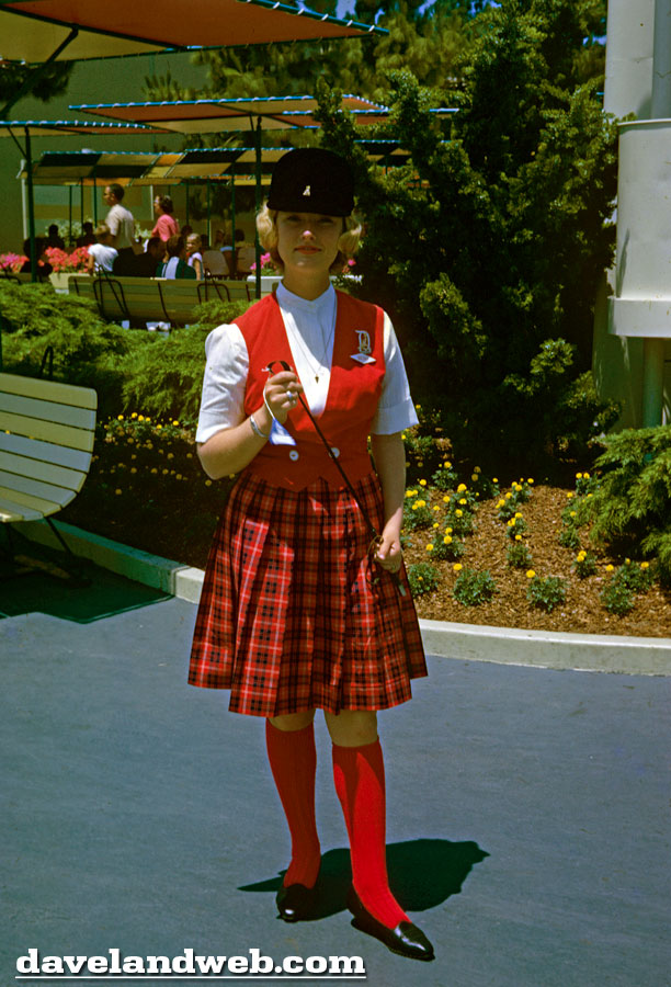 daveland disneyland tour guide and ambassador photos
