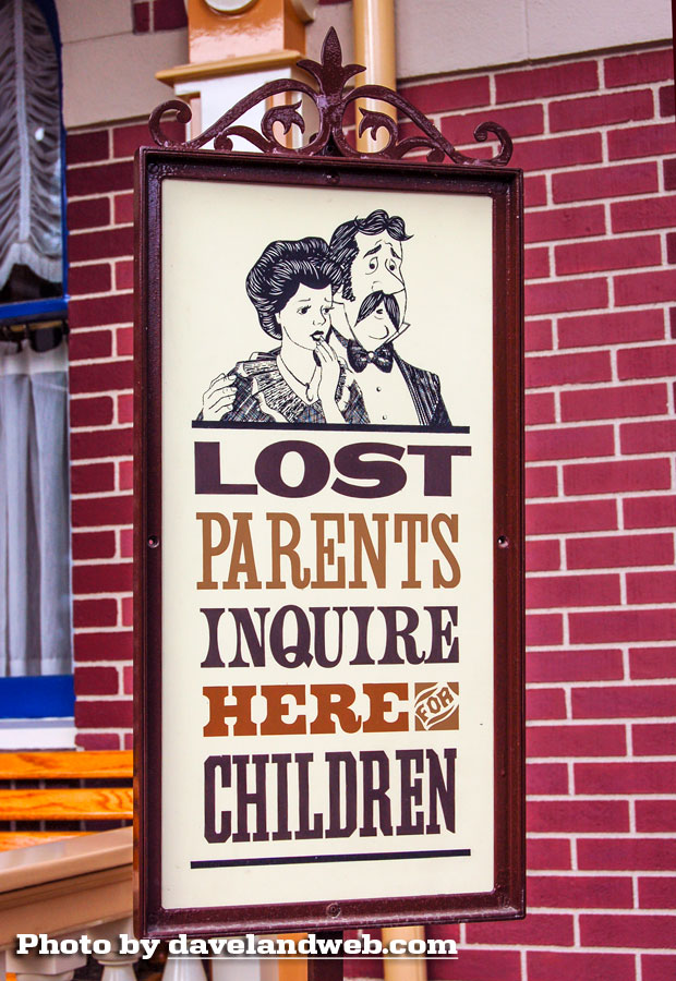 Disneyland Town Square Lost Parents City Hall photo
