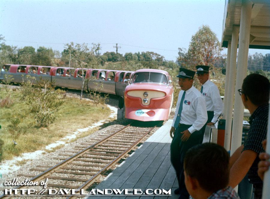Daveland Disneyland Viewliner Photos